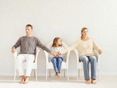 Как настроить детей против отца